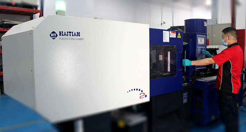 Star Rapid Takes Delivery Of A New Plastic Injection Molding Machine