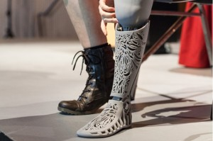 natasha-long-prosthetic-leg-by-melissa-ng