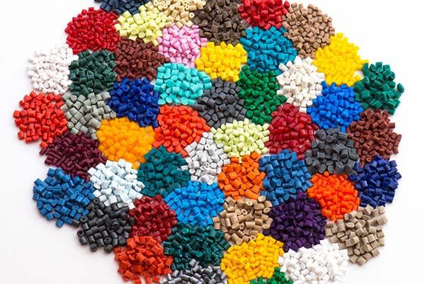 Custom Colors in Injection Molding – What You Need To Know