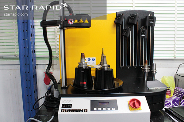 Rapid Tool Changes With An Induction Shrink Fit System