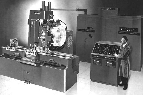 1959 Milwaukee-Matic tool changer