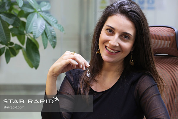Photo of jewelry designer Veronica Nunes