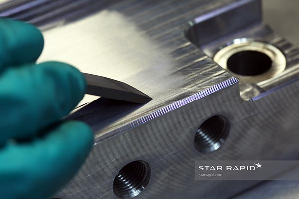 Hand sanding PIM tool at Star Rapid