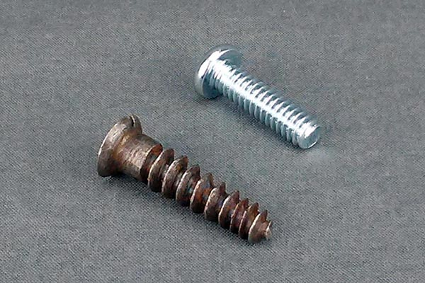 Hand made screw compared to machine made